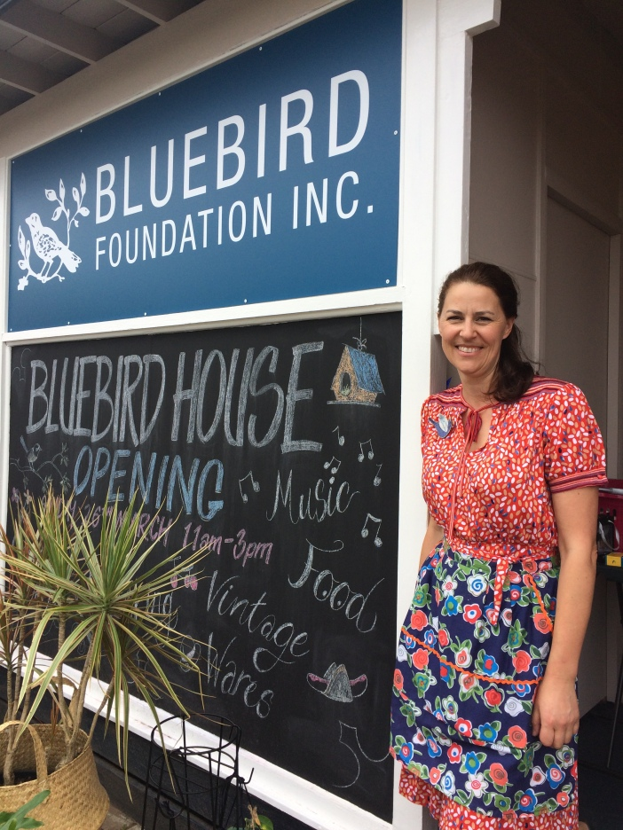 Bron Bluebird